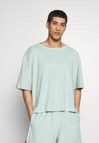 Martin Asbjørn - RIPLEY - T-shirt basic - mint - 0