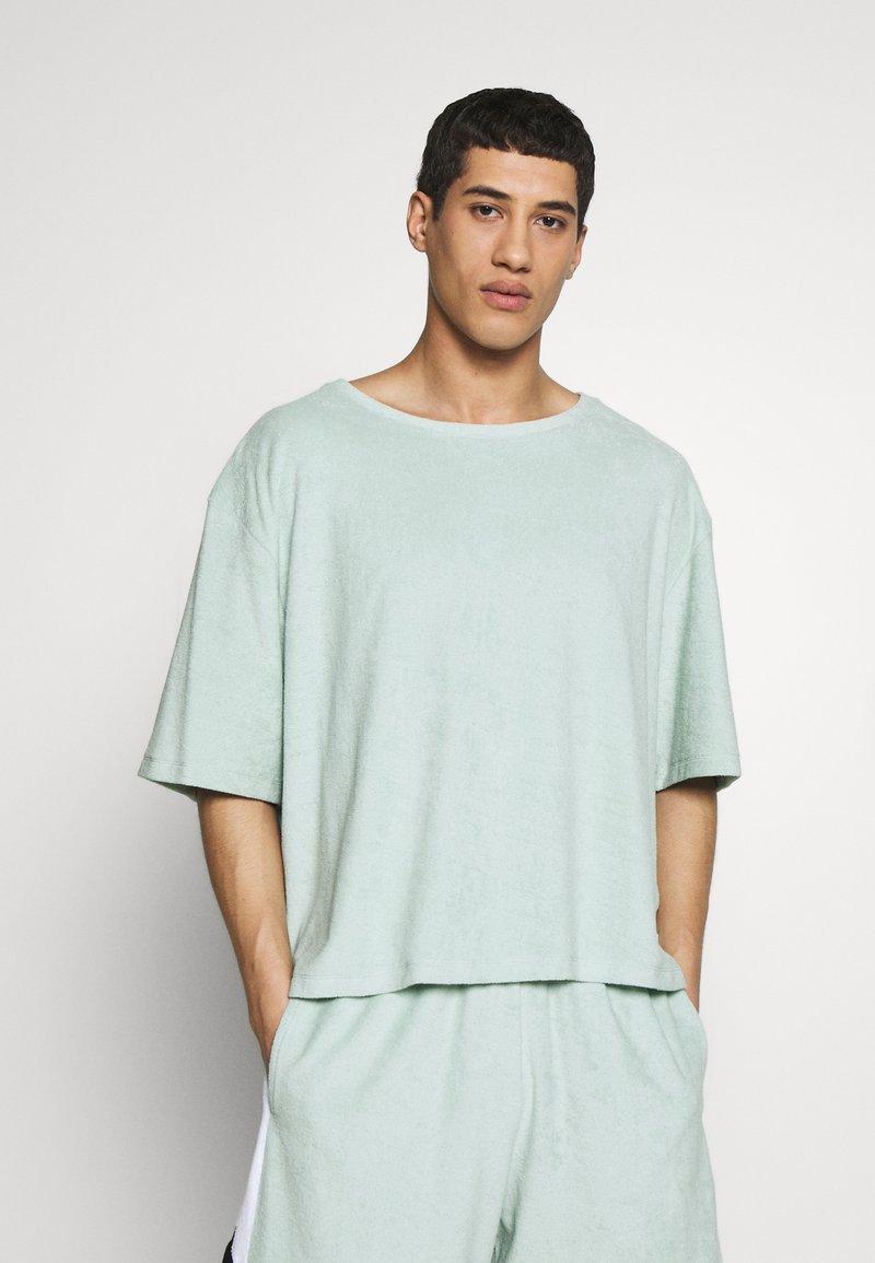 Martin Asbjørn - RIPLEY - T-shirt basic - mint