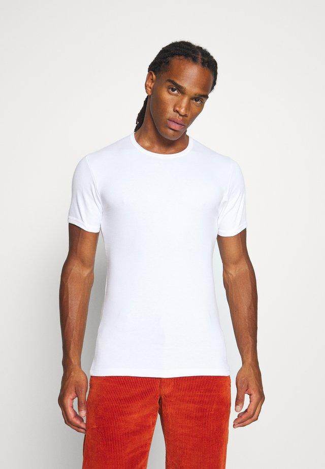 PLUTO - T-shirt basic - white