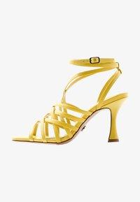 Topshop - RHAPSODY STRAPY - Sandály na vysokém podpatku - lime - 1