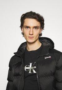 Calvin Klein Jeans - SEASONAL MONOGRAM TEE UNISEX - Print T-shirt - black - 4
