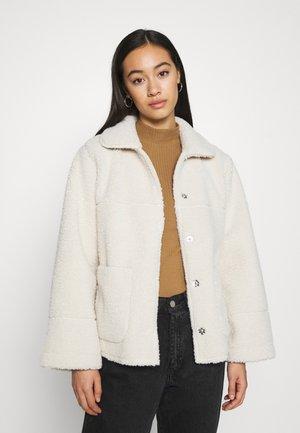 YASLICCI JACKET - Faux leather jacket - whisper pink