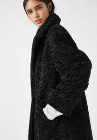 PULL&BEAR - Winter coat - mottled black - 4