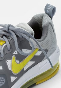 Nike Sportswear - AIR MAX GENOME - Sneakers - grey fog/high voltage-particle grey-white - 5