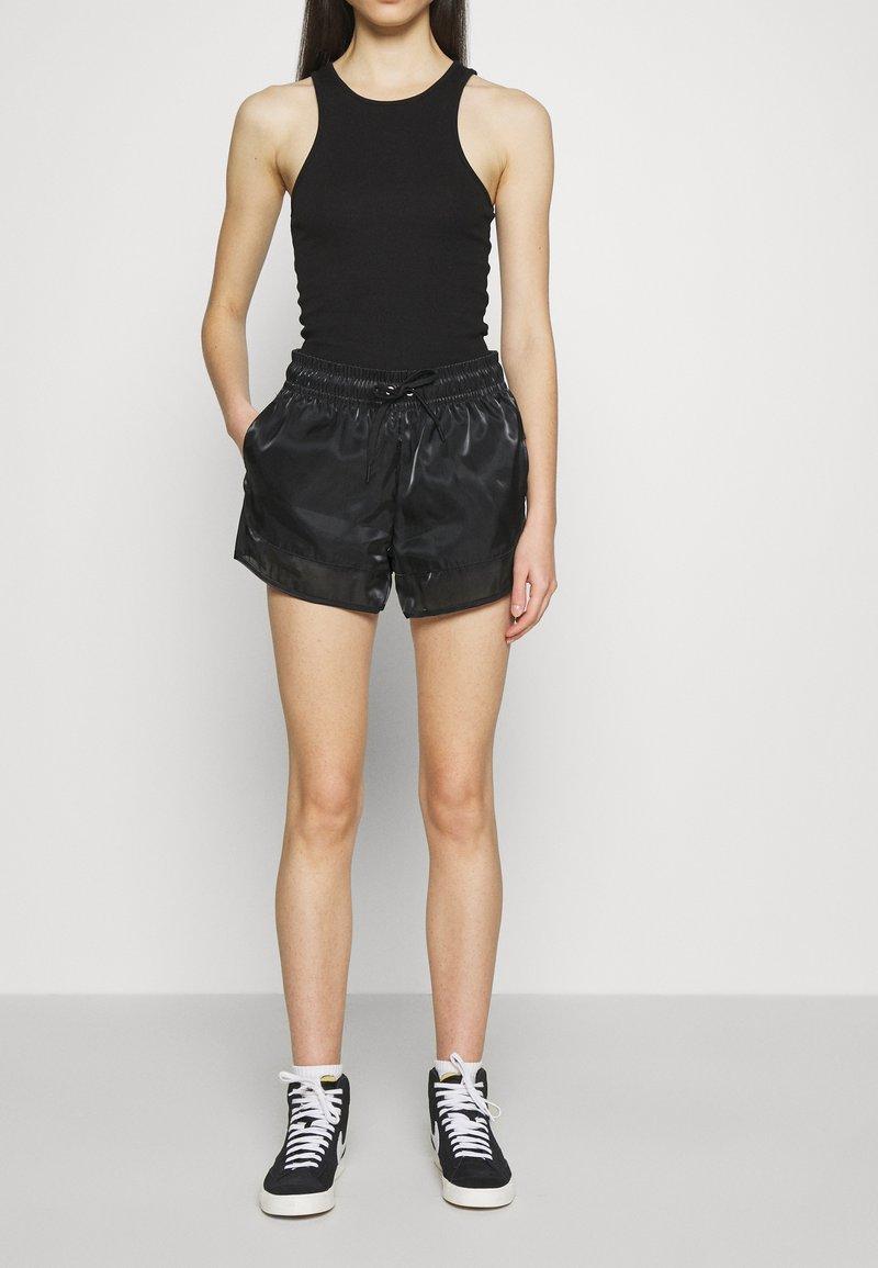 Nike Sportswear - AIR SHEEN - Shorts - black/white