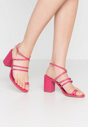 MOCHI - High heeled sandals - strawberry