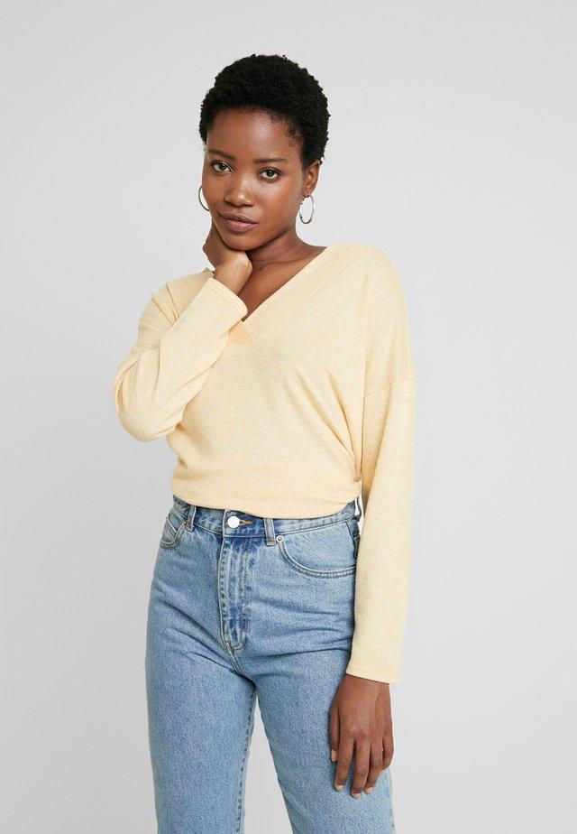Långärmad tröja - yellow