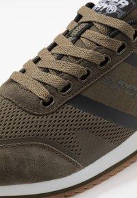 Superdry - FERO RUNNER CORE - Sneaker low - khaki - 5