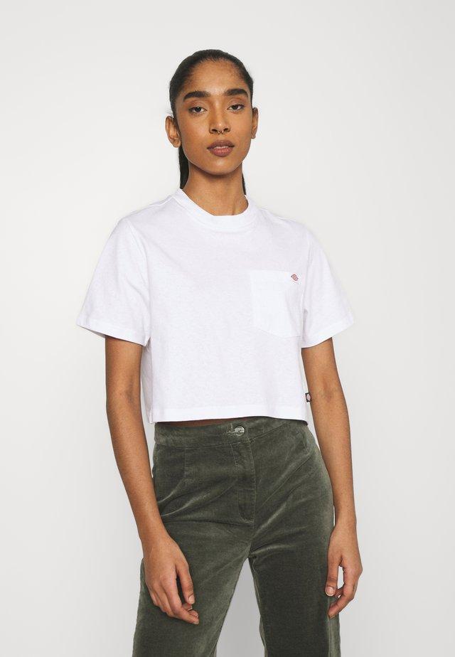 PORTERDALE CROP - T-shirt basique - white