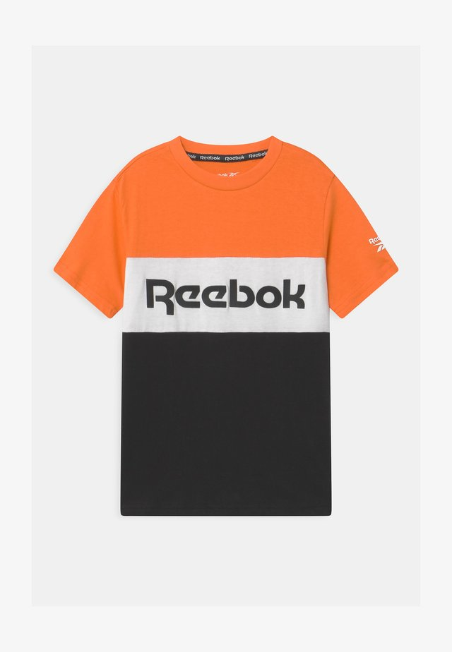 COLOR BLOCK - T-shirt print - orange