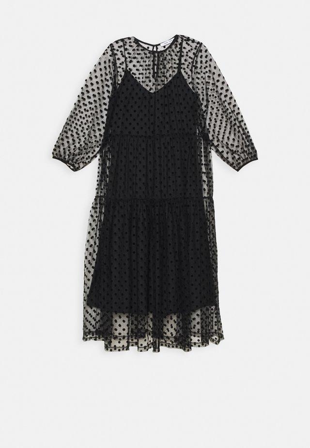 MADIE DRESS - Korte jurk - black