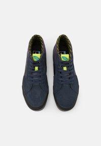Vans - SK8 MID GORE-TEX UNISEX - Höga sneakers - india ink/purple - 3