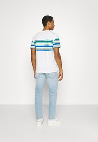 Lee - DAREN ZIP FLY - Jeans straight leg - bleached dale - 2