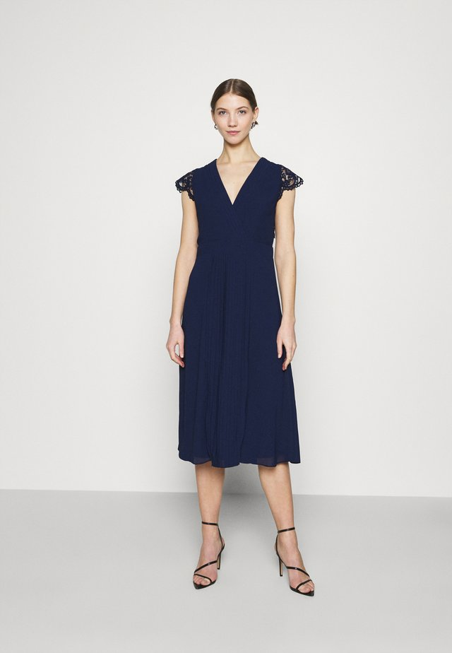 NAVEAH MIDI DRESS - Cocktail dress / Party dress - navy