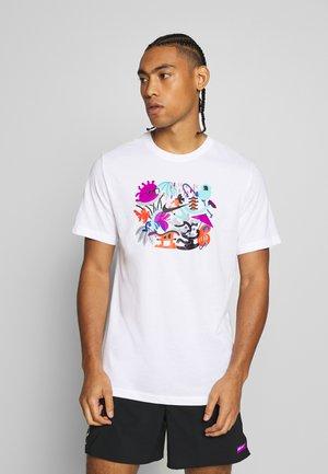 DRY TEE TOKYO - Print T-shirt - white