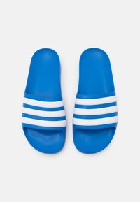 adidas Performance - ADILETTE AQUA UNISEX - Sandály do bazénu - true blue/footwear white - 3
