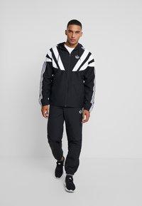 adidas Originals - BALANTA TP - Broek - black - 1