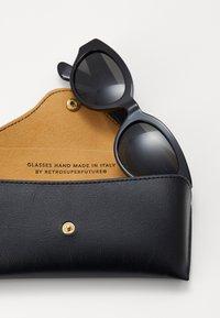 RETROSUPERFUTURE - Okulary przeciwsłoneczne - black - 1