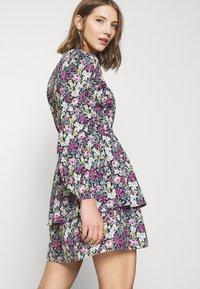Vero Moda - VMANEMONE V-NECK DRESS - Day dress - black - 4