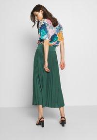 Anna Field - Plisse A-line midi skirt - Áčková sukně - teal - 2