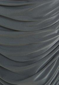 Missguided Maternity - SLINKY RUCHED SIDE SKIRT - Pouzdrová sukně - grey - 2