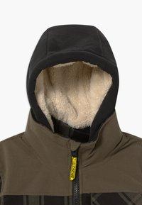 Brunotti - CHECK BOYS - Snowboardová bunda - pine grey - 3