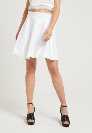 ZALANDO X NA-KD - Áčková sukně - white