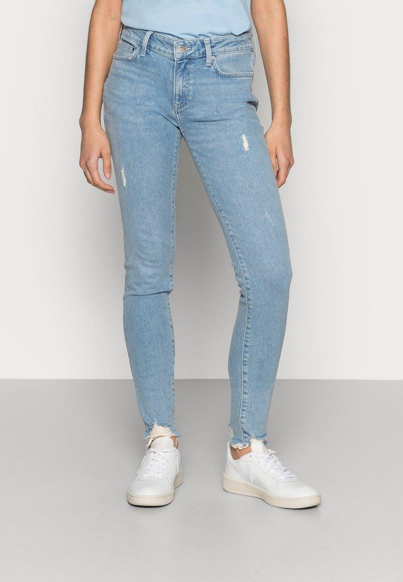 Mavi - ADRIANA - Jeans Skinny Fit - lt destroyed denim