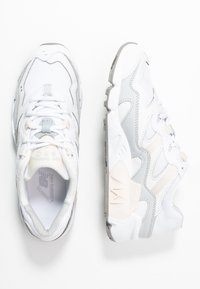 New Balance - WL850 - Sneakers - white - 3