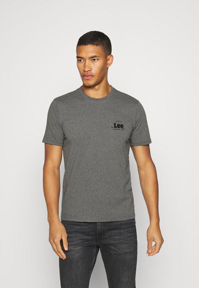 TONAL FLOCK LOGO TEE - T-shirts med print - dark grey