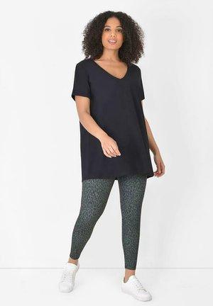 ANIMAL ATHLEISURE  - Leggings - Trousers - green