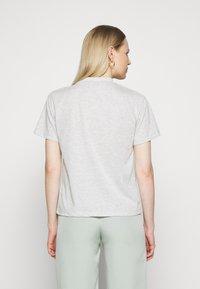 Trendyol - 2 PACK - Basic T-shirt - gray - 2