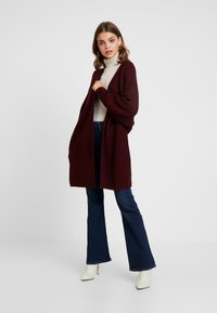 Missguided - OVERSIZED BATWING CARDIGAN - Kardigan - burgundy - 1