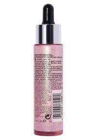 Revlon - PHOTOREADY ROSE GLOW HYDRATING & ILLUMINATING PRIMER - Primer - N°001 rose quartz - 2