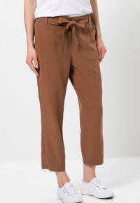 zero - Trousers - almond - 0