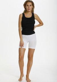 Saint Tropez - Shorts - white - 1