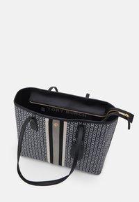 Tory Burch - GEMINI LINK ZIP TOTE - Tote bag - black - 3