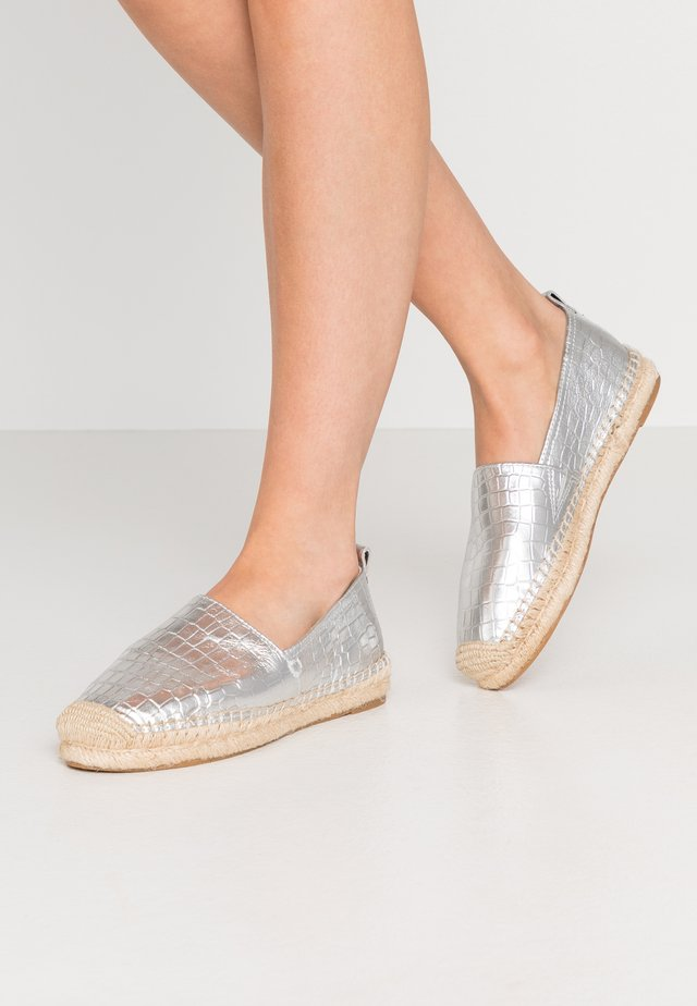 KHLOE - Loafers - soft silver
