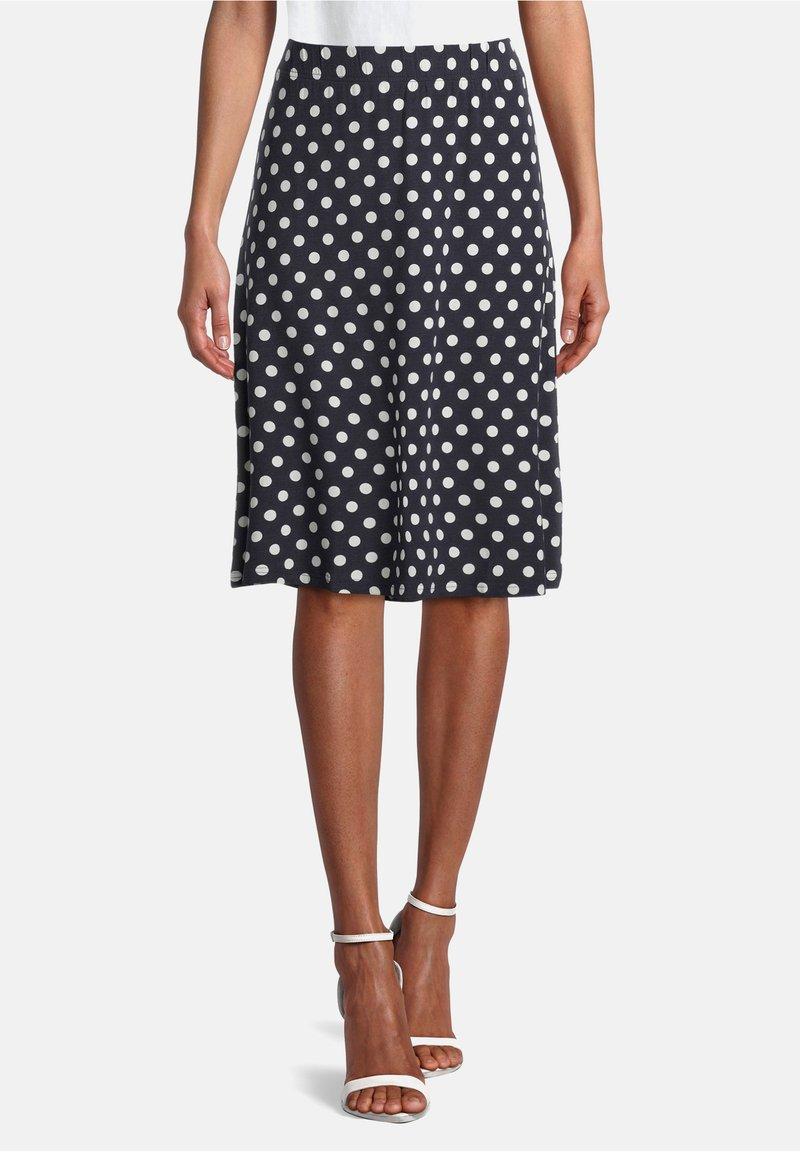 Betty Barclay - MIT PUNKTEN - A-line skirt - dunkelblau/weiß