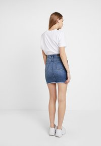 Pieces - PCAIA SKIRT - Jeansrok - light blue denim - 2