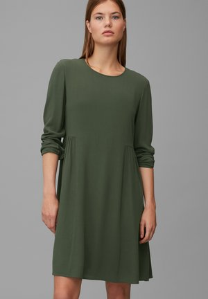 Day dress - deep pine