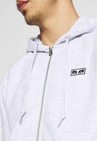 Obey Clothing - EARTH CRISIS - Zip-up hoodie - ash grey - 4