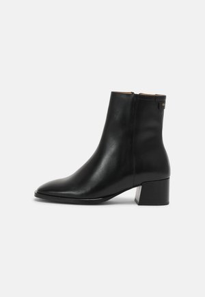 LINSY - Classic ankle boots - black