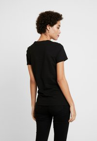 Tommy Hilfiger - T-shirt basic - black - 2