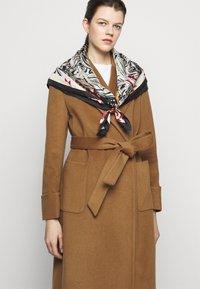 Lauren Ralph Lauren - Płaszcz wełniany /Płaszcz klasyczny - new vicuna - 4