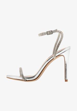 FESTIVE - Sandály na vysokém podpatku - silver