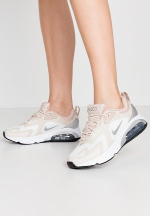 AIR MAX 200 - Sneakersy niskie - summit white/metallic silver/light orewood brown/fossil stone/white/black