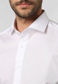 Andrew James - Formal shirt - white - 2