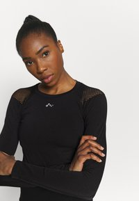 ONLY Play - ONPJABRIL SHORT - Long sleeved top - black - 3