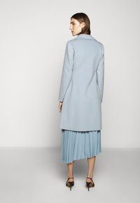 WEEKEND MaxMara - UGGIOSO - Classic coat - aqua marina - 2